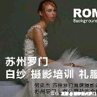 李莎身穿婚纱献唱凭什么小心机,让人倾心?